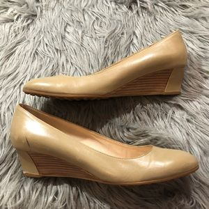 Tods Demi Wedge Tan Nude Leather Heels Slip On